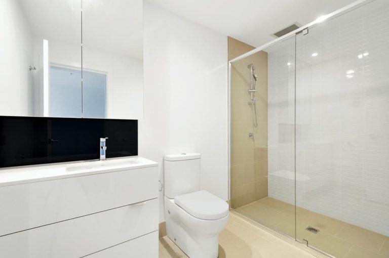 Obecnie możemy zakupić różne rodzaje kabin prysznicowych