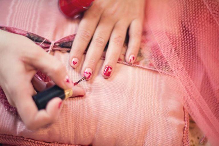 Dlaczego manicure hybrydowy jest tak popularny?